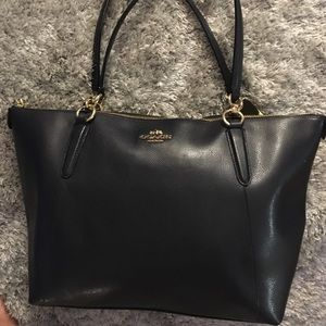 Coach Ava tote (navy) nwot